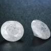 2 db csillogó cirkóniakő-jégkristály, hófehér