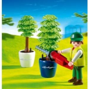 Playmobil Kertészlegény sövénynyíróval - 4485
