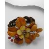 Barna bőr virág karperec VÖRÖS ACHÁT és AVENTURIN kövekkel, édesvízi gyönggyel  + AJÁNDÉK DÍSZTASAK