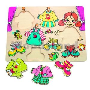 Woody táblás puzzle - öltöztetés