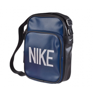 Nike Taska
