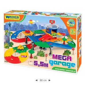 Wader Mega Garage kétszintes parkolóház és autópálya