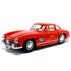BBurago : Mercedes-Benz 300SL (1954) fém autó piros színben 1/18