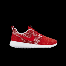 Nike Nike Womens Roshe One Winter University Red