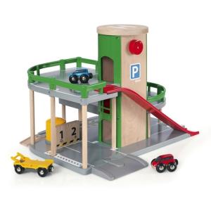 BRIO emeletes parkolóház lifttel