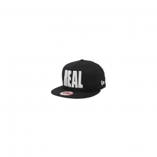 New Era WORLD SNAP REAL BLACKWHITE