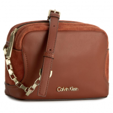 Calvin Klein Black Label Táska CALVIN KLEIN BLACK LABEL - C4rolyn Suede Mini Crossbody K60K602338 226