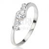 Ezüst gyűrű, átlátszó cirkónia, két kő a szárak mellett