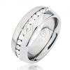 Fényes ezüst színű acél gyűrű, középső kivágás átlátszó kövek