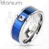 Gyűrű titániumból - kék sáv, négyzet alakú cirkónia
