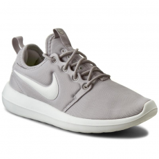 Nike Cipők NIKE - W Nike Roshe Two 844931 003 Lt Iron Ore/Summit White/Volt