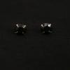Sterling ezüst fekete köves bedugós fülbevaló 6mm