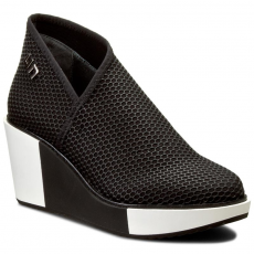 United Nude Félcipő UNITED NUDE - New Fold Wedge 1018901102 Black Silicon