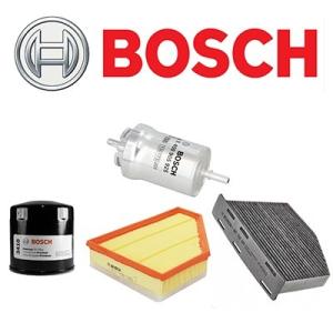 Bosch VW Golf VI 1.6 TDi szűrőszett BOSCH + Castrol Edge Titanium FST 5w30 LL motorolaj 5 Liter