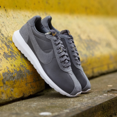 Nike Roshe LD-1000 Premium QS Dark Grey/ White-Metallic Gold Black