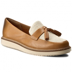 Clarks Mokaszin CLARKS - Glick Castine 261250814 Light Tan Leather