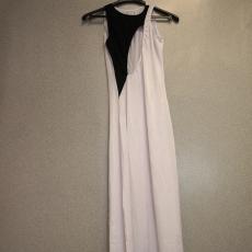 Fekete fehér elől kivágott maxi ruha - Egy méret