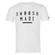 Nike Swoosh Made férfi póló fekete S