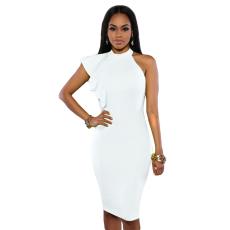 Fehér félvállas fodros ruha