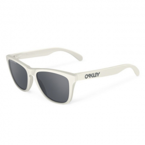 Oakley OO9013 13 FROGSKINS MATTE CLOUD BLACK IRIDIUM POLARIZED napszemüveg
