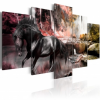 Artgeist Kép - Black horse on crimson sky background