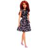 Barbie Fashionistas: vörös hajú baba, csillagos ruhában