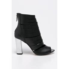 CheBello - Tűsarkú cipő - fekete