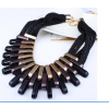 Cink ötvözet és akril nyaklánc, fekete