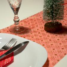 Family Karácsonyi asztalterítő futó - piros színű - 180 x 28 cm karácsonyi dekoráció