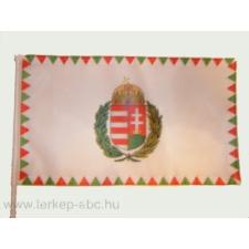 Farkasfogas koszorús címeres mintás zászló 15x25 cm, 40 cm-es műanyag rúddal dekoráció