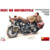 MiniArt Rest on Motorcycle katonai jármű és figura makett Miniart 35176
