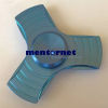 PRC Fidget Spinner pörgettyű fém - Tri 3*színes csíkos kék