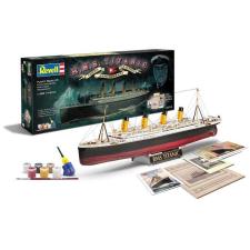 Revell Titanic Model Set 5715 makett figura