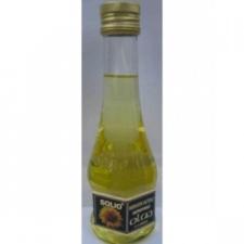 Solio Hidegen sajtolt bio napraforgó olaj olaj és ecet