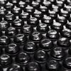 vidaXL Fekete polietilén medencetakaró 210 cm