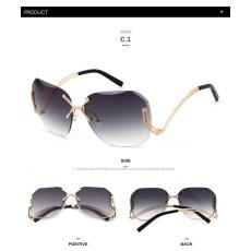 WHO CUTIE luxus színátmenetes napszemüveg, polarizált lencsével